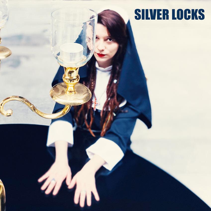 camillablue silver locks